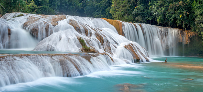 tour-cascada-agua-azul-casa-azabache